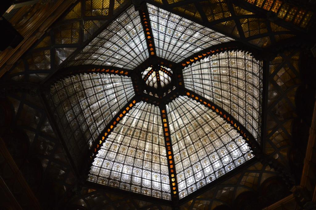 Párizsi-udvar-dome